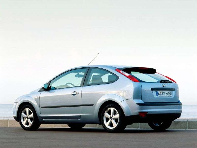 Ford Focus 2 generation hatchback 3 dv. 2.0 MT (2004–2008)