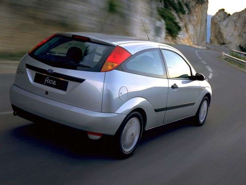 Ford Focus 1 generation hatchback 3 dv. 1.6 MT (1999–2001)