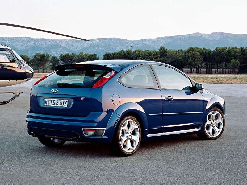 Ford Focus 2 generation ST hatchback 3 dv. 2.5 MT (2005–2008)