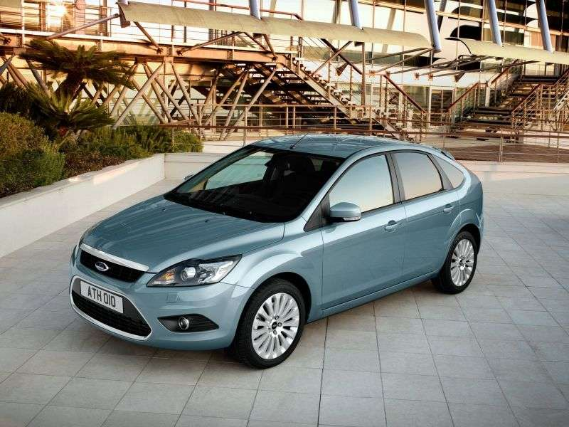 Ford Focus 2nd generation [restyling] 5 bit hatchback 2.0 MT Titanium (2008–2011)