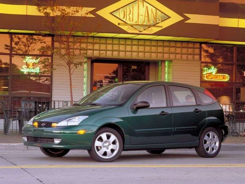 Ford Focus 1st generation Hatchback (USA) 5 bit hatchback 2.0i MT ZX5 (1999–2004)