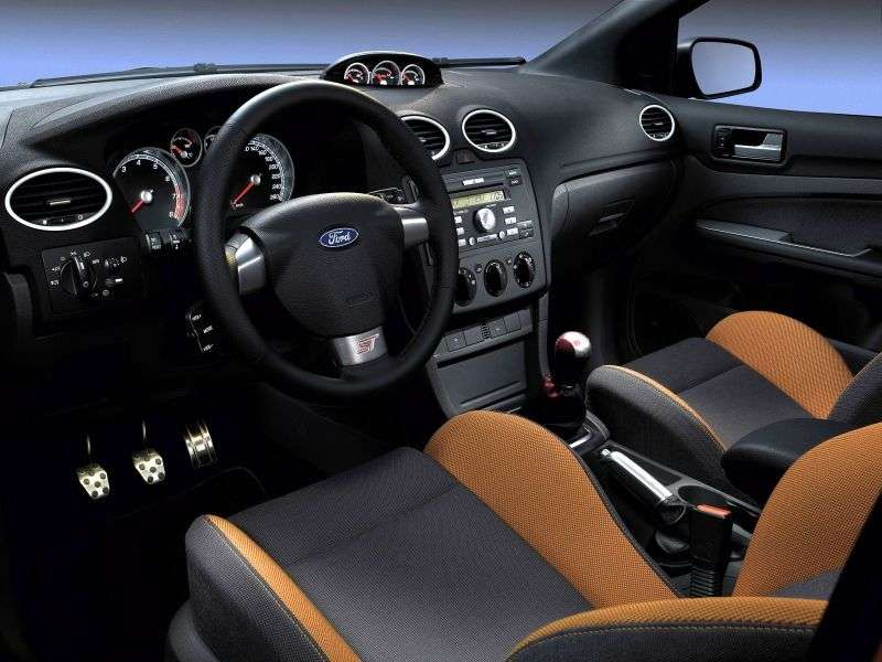 Ford Focus 2 generation ST hatchback 5 dv. 2.5 MT (2005–2008)
