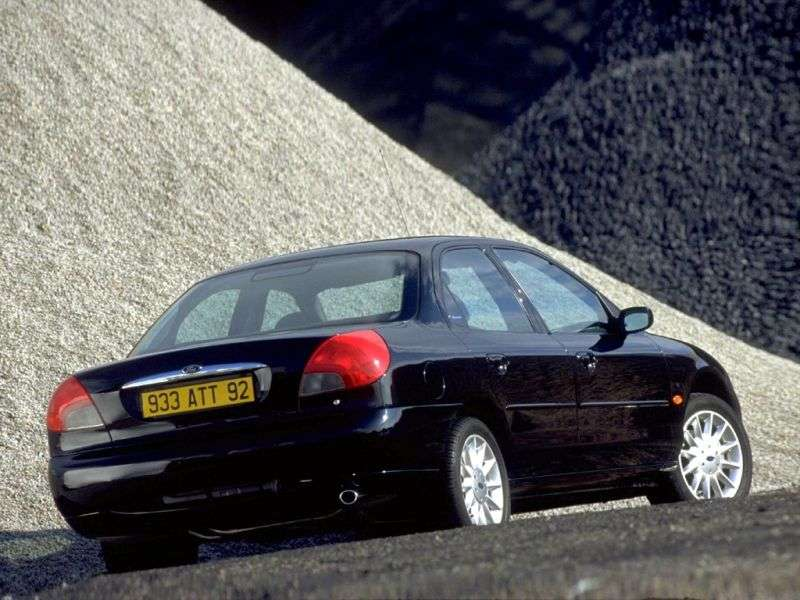 Ford Mondeo 2nd generation sedan 1.8 TD MT (1996–2000)