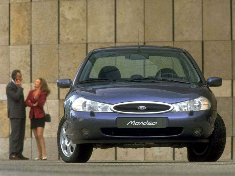 Ford Mondeo 2nd generation sedan 2.5 MT (1996–2000)