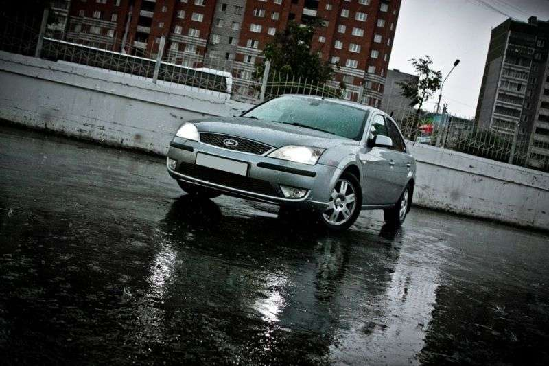 Ford Mondeo 3rd generation [restyling] 2.0 MT sedan (2005–2007)