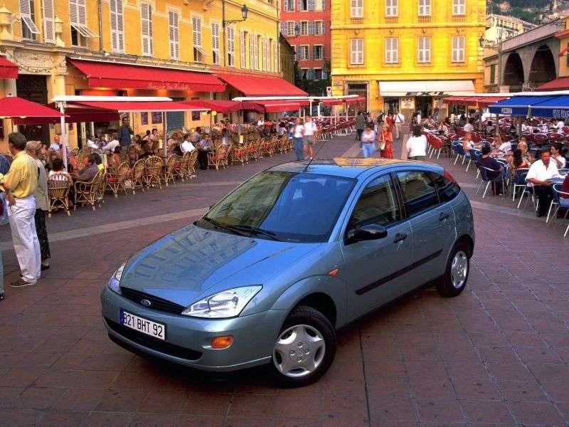 Ford Focus 1 generation hatchback 5 dv. 1.8 MT (1998–2001)