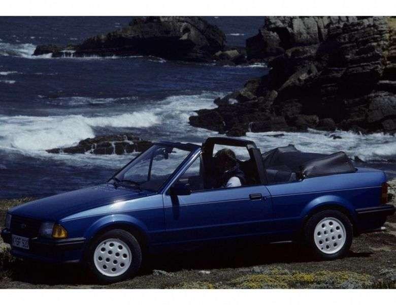 Ford Escort 3 generation convertible 2 bit. 1.6i MT (1983–1986)