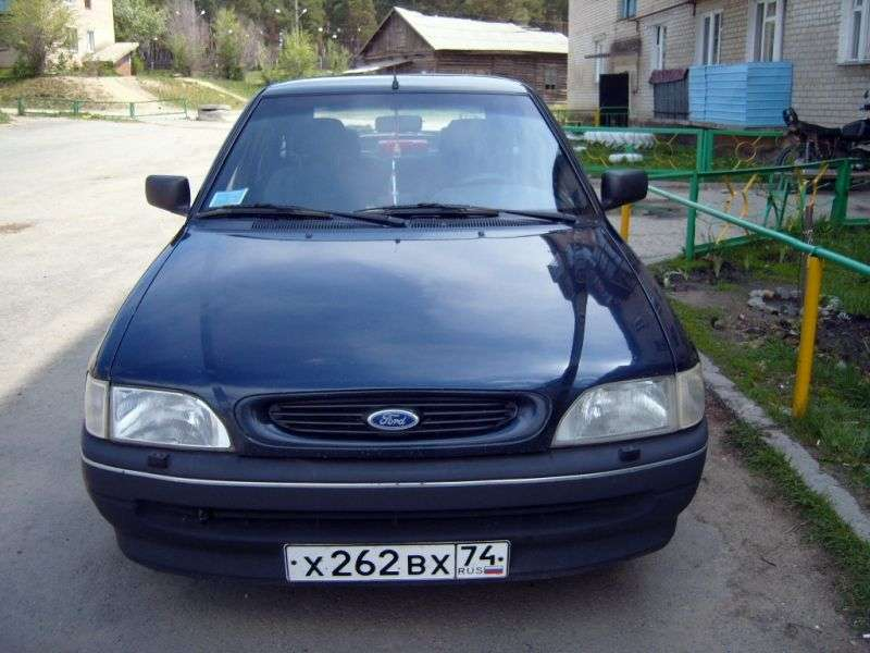 Ford Escort 5th generation [restyling] 5 bit hatchback 1.8 MT (1992–1995)