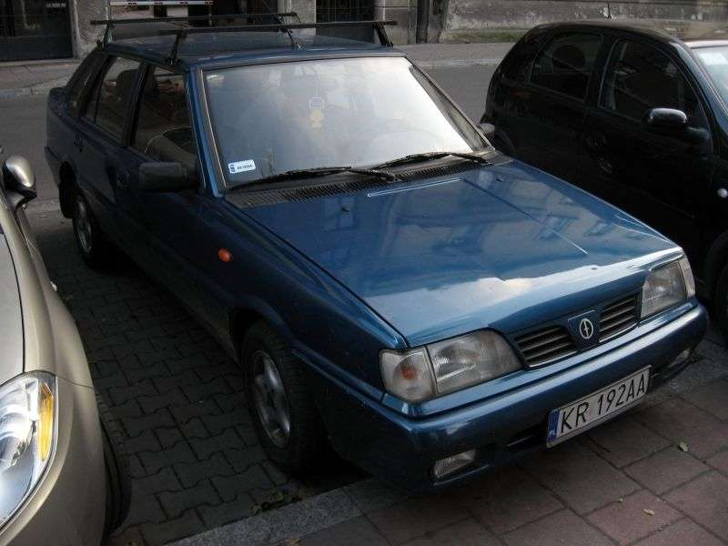 FSO Polonez 2nd generation [restyling] Atu Plus sedan 1.6 MT (1997–2002)