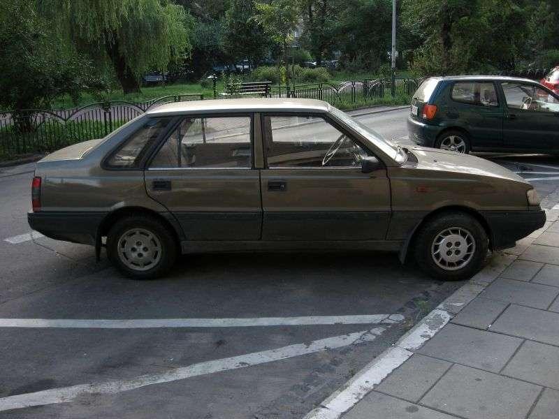 FSO Polonez 2nd generation Atu sedan 1.6 MT (1993–1997)