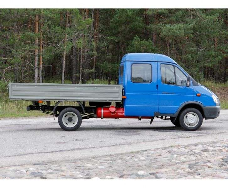 GAZ 3302 Gazelle Business [2nd restyling] 33023 Farmer board 2 bit. 330273 2.9 MT AWD 330273 249 (2010 – current century)