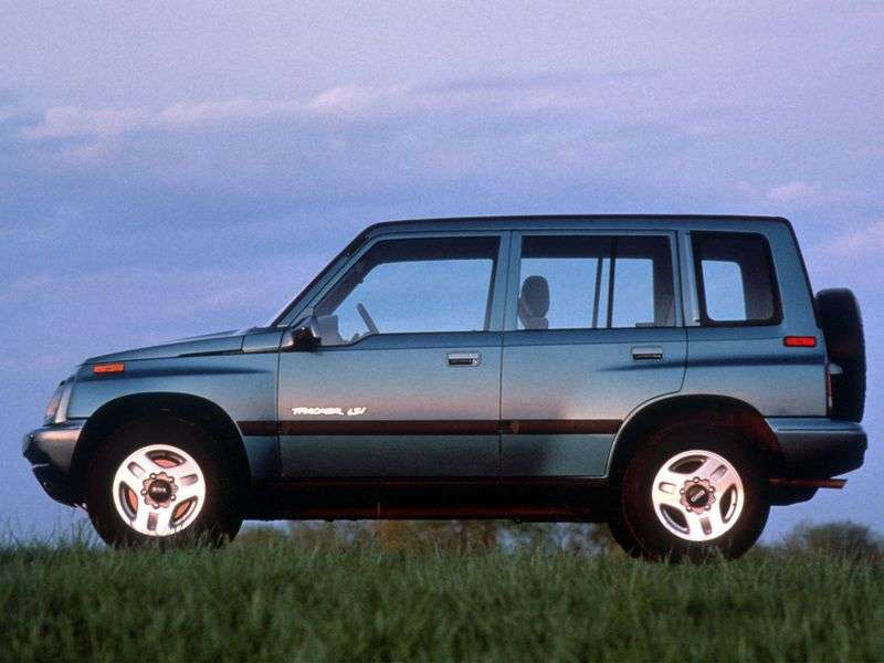 Geo Tracker 1st generation SUV 1.6 MT (1994–1996)