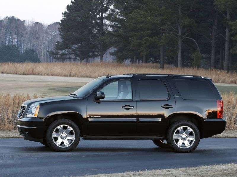 GMC Yukon GMT900 SUV 6.2 Denali AT (2006 – present)