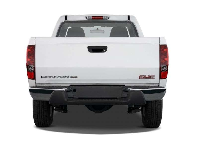 GMC Canyon 1st generation Regular Cab pickup 2 dv. 2.8 MT 4WD (2003–2006)