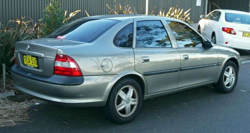 Holden Vectra Bsedan 2.0 MT (1999–2003)