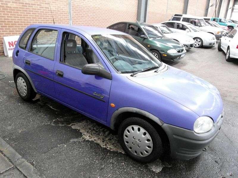 Holden Barina 3rd generation hatchback 1.4 AT (1997–2000)