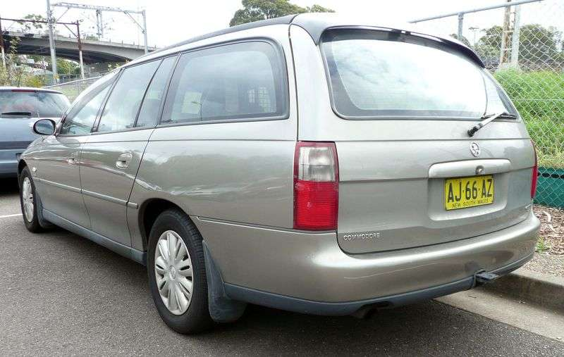 Holden Commodore 3rd generation wagon 3.8 AT (1998 – n.)