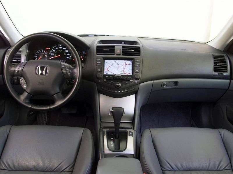 Honda Accord 7th generation US spec Coupe 3.0 AT (2003–2006)