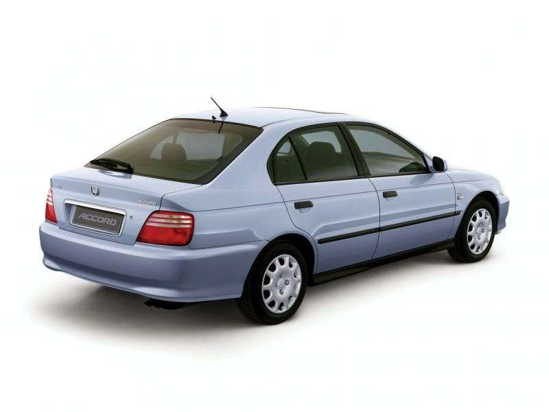Honda Accord 6 generation hatchback 1.8 MT (1998–2002)