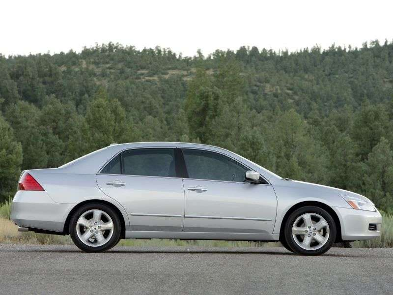 Honda Accord 7 generation [restyling] US spec sedan 2.4 AT (2006–2007)