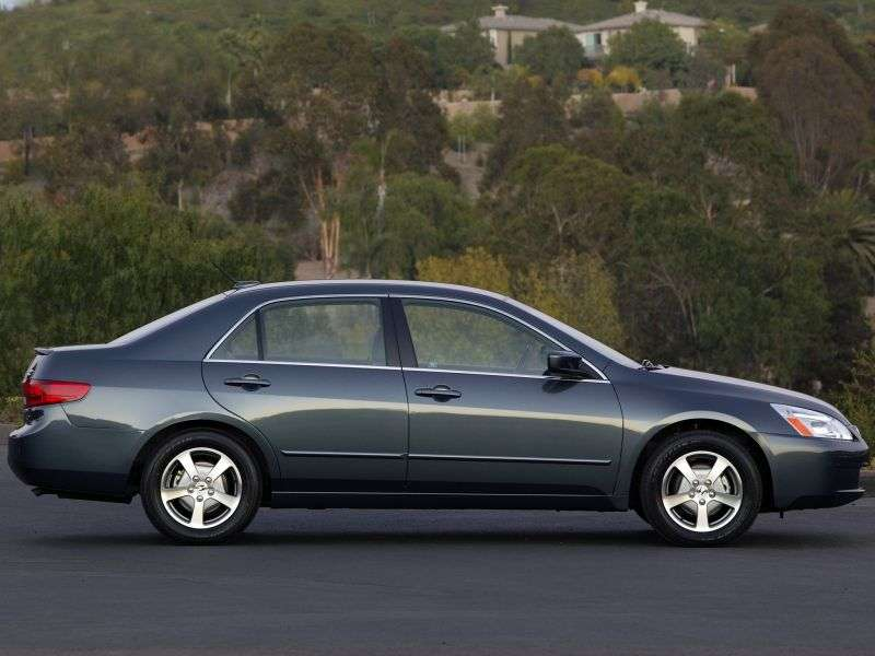 Honda Accord 7 generation US spec sedan 4 doors. 2.4 AT (2003–2006)