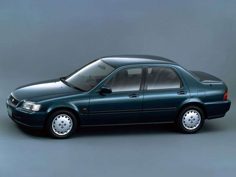 Honda Domani 1st generation 1.6 MT sedan (1992–1996)