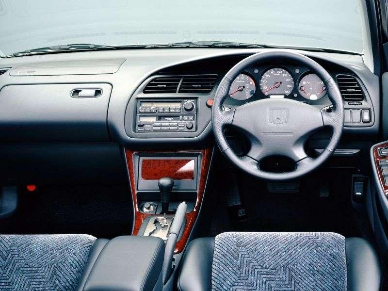 Honda Accord 6 generation JP spec sedan 4 doors. 2.0 MT (1998–2000)