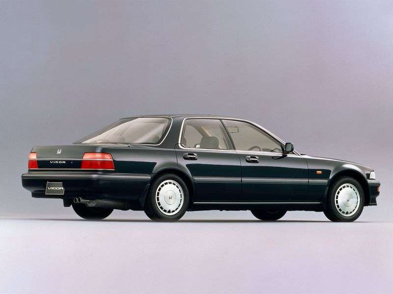 Honda Vigor CB5sedan 2.5 AT (1989–1995)
