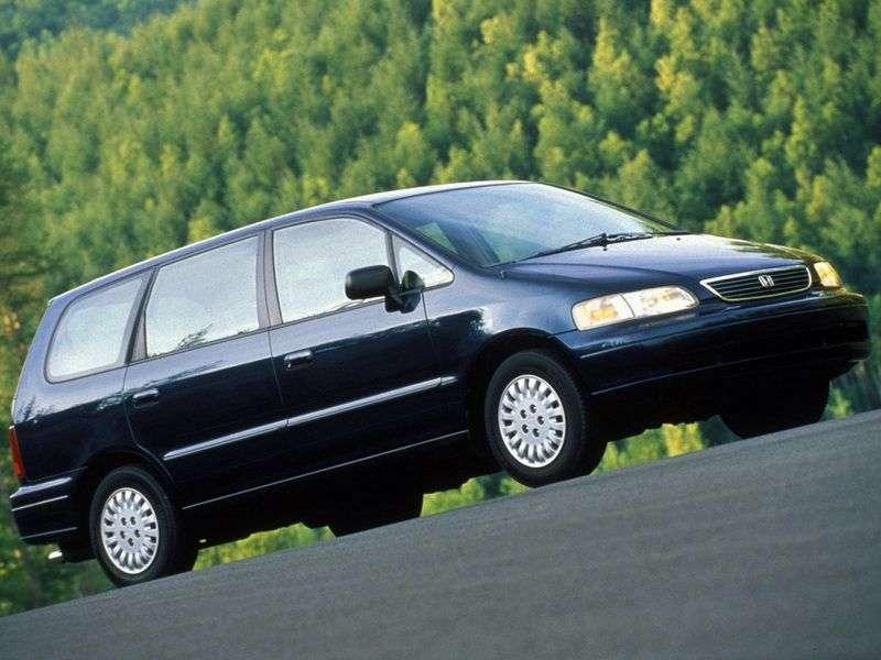 Honda Odyssey 1st generation 2.3 MT 4WD minivan (1994–1999)