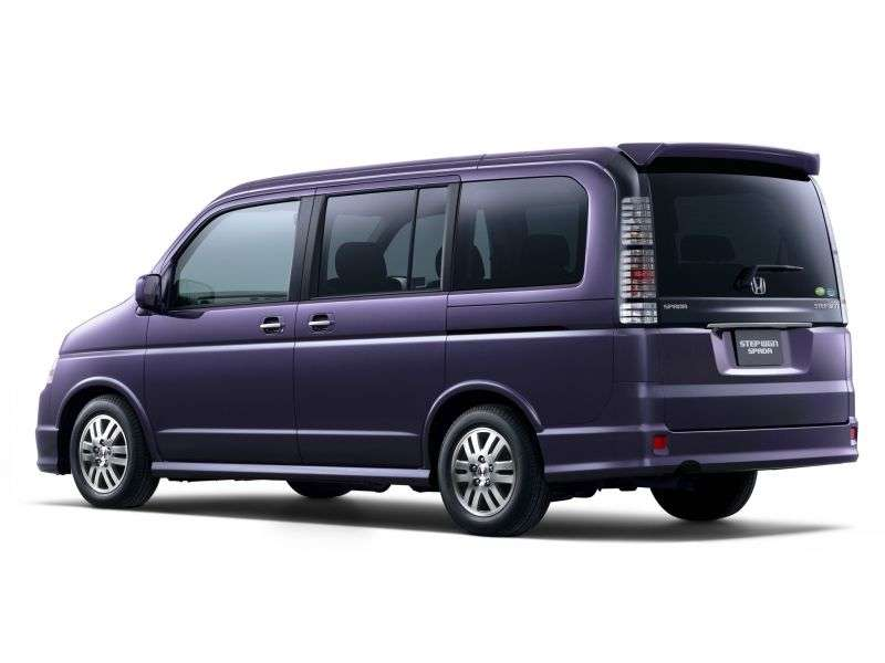 Honda Stepwgn 2 generation minivan 2.4 AT 4WD (2003–2005)