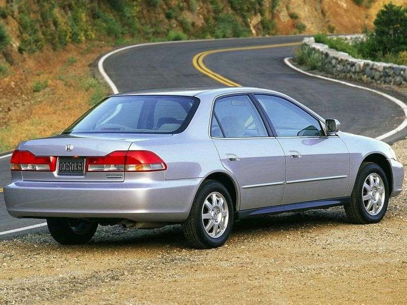 Honda Accord 6 generation [restyling] US spec sedan 2.3 MT (2001–2002)