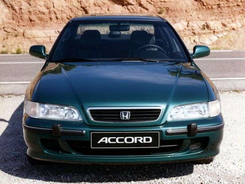 Honda Accord 5th generation [restyling] 2.0 TDI MT sedan (1996–1998)