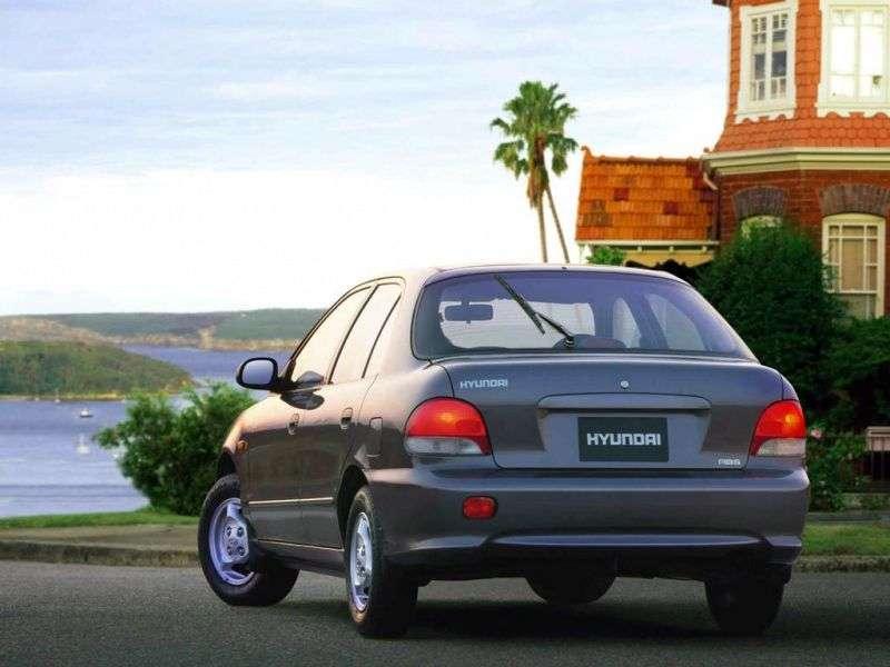 Hyundai Excel X3 [restyled] hatchback 5 dv. 1.5 MT (1997–1999)