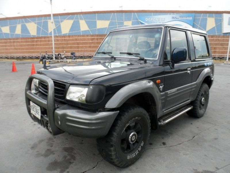 Hyundai Galloper 2nd generation Innovation SUV 3 dv. 3.0 MT (1998–2001)