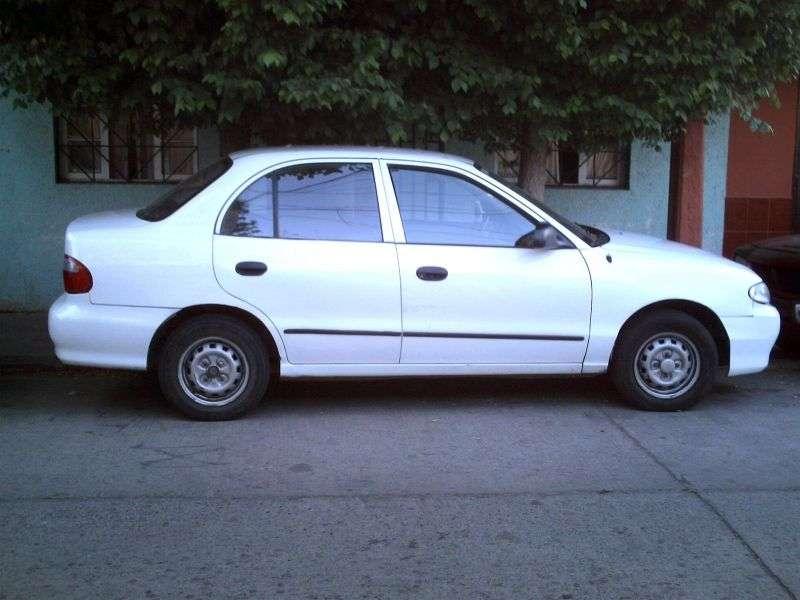 Hyundai Excel X3 [restyled] sedan 1.3 AT (1997–1999)