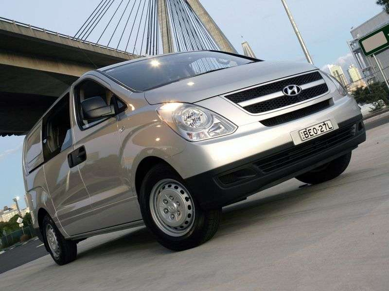 Hyundai iLoad 1st generation 2.4 MT CREW van (2007 – n.)