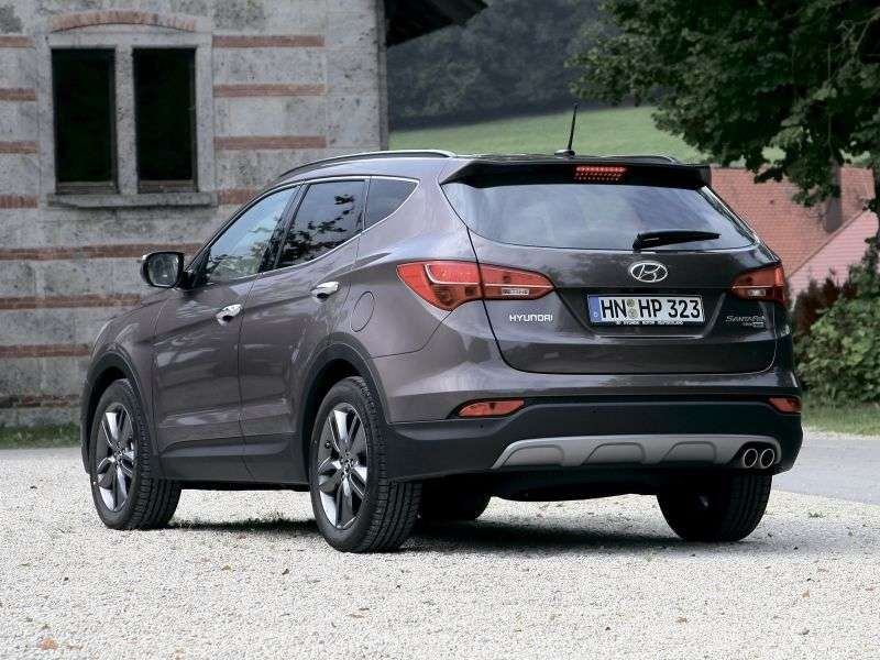 Hyundai Santa Fe DMcrosover 5 dv. 2.4 AT 4WD (7 seats) Family (2012) (2012 – current century)