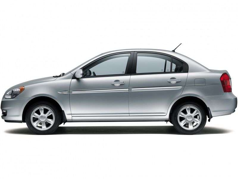 Hyundai Verna MCsedan 1.4 AT (2006–2009)