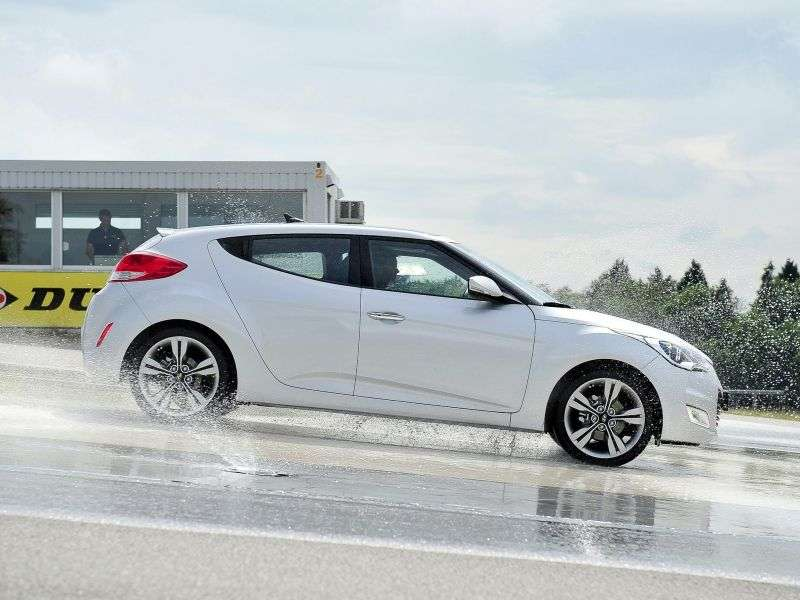 Hyundai Veloster 1st generation hatchback 4 bit. 1.6 AT (2011 – n. In.)