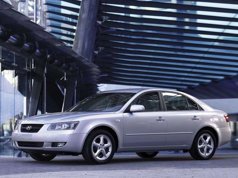 Hyundai NF 1st generation sedan 2.4 AT (2005–2008)