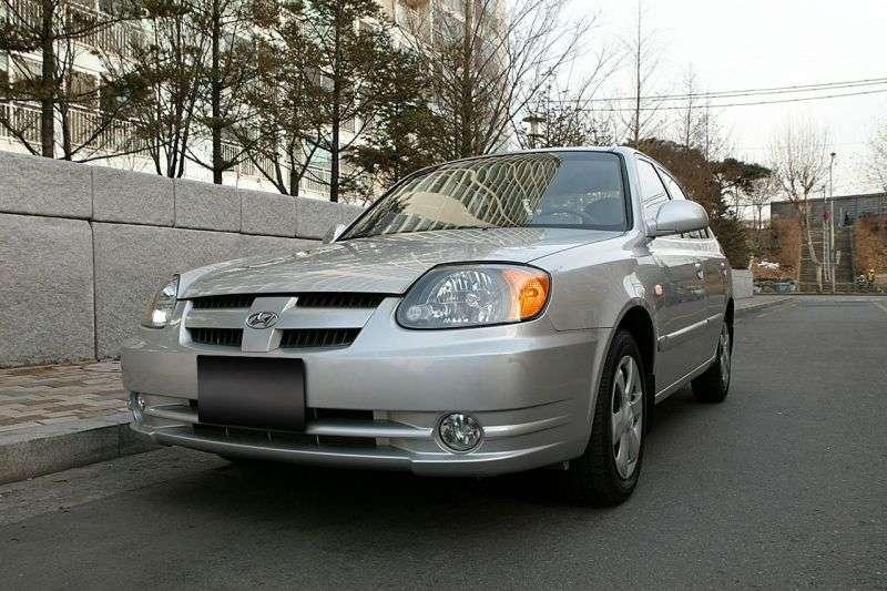 Hyundai Verna LC [restyling] sedan 1.3 AT (2003–2006)