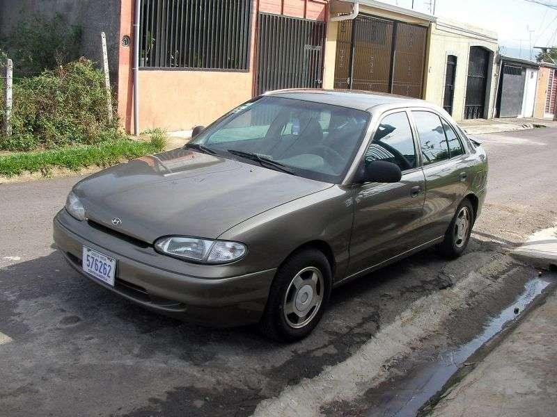 Hyundai Excel X3hetchbek 5 dv. 1.5 AT (1994–1997)