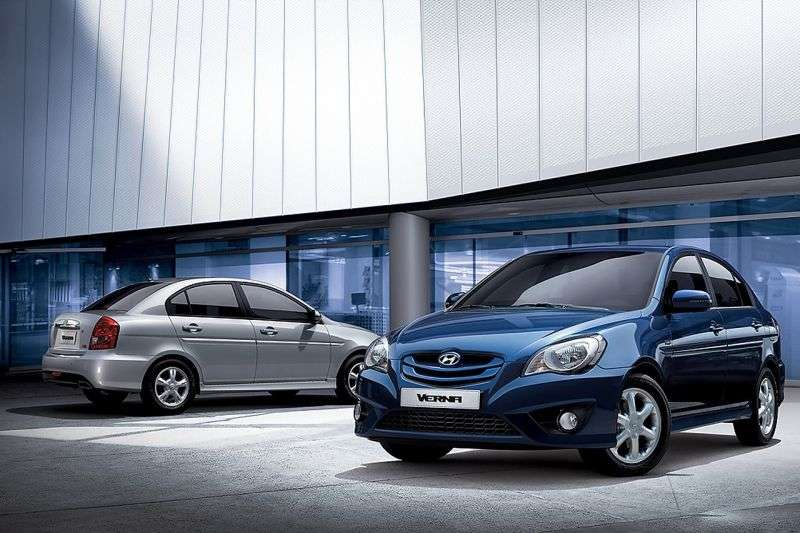 Hyundai Verna MC [restyling] Verna Transform sedan 1.4 MT (2009–2010)