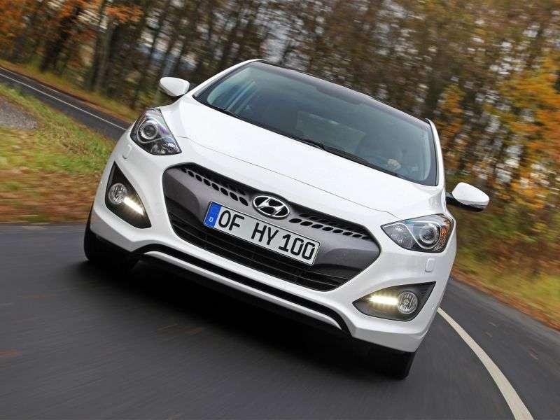 Hyundai i30 GD hatchback 3 drzwiowy 1,6 MT aktywny (2013) (2013 do chwili obecnej)