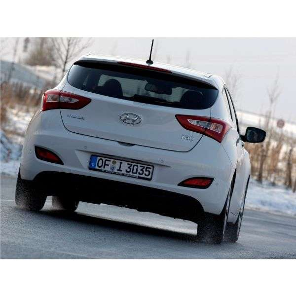 Hyundai i30 GDhetchbek 3 dv. 1.6 AT Classic (2012) (2013 – present)