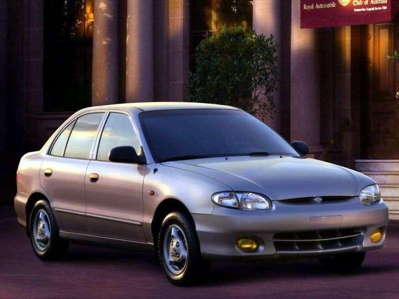 Hyundai Accent X3 [restyled] sedan 1.3 AT (1997–1999)