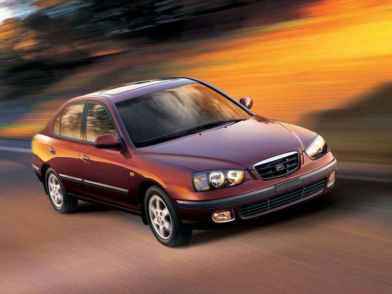 Hyundai Elantra XDedan 1.8 MT (2000–2003)