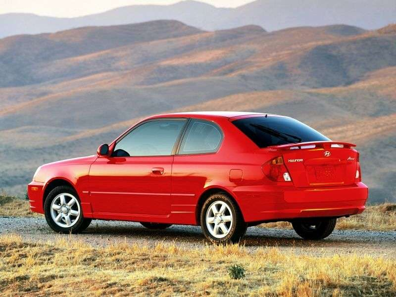 Hyundai Accent LC [restyling] 3 bit hatchback 1.5 MT (2002–2005)