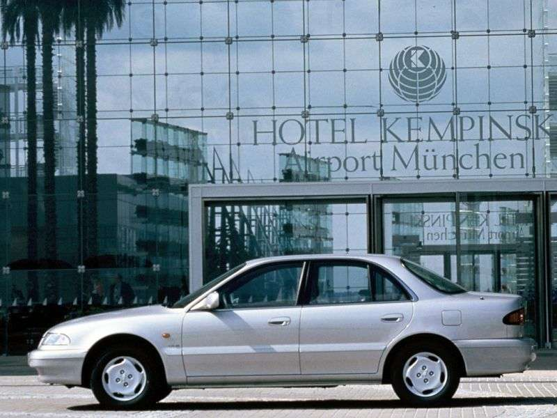 Hyundai Sonata Y3sedan 3.0 AT (1993–1996)