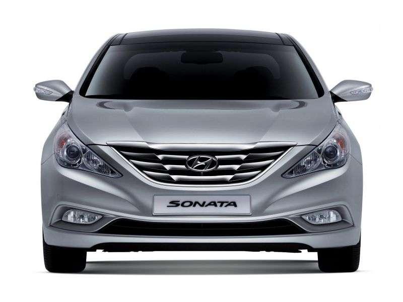 Hyundai Sonata YFsedan 4 dv. 2.4 MT (2010–2012)